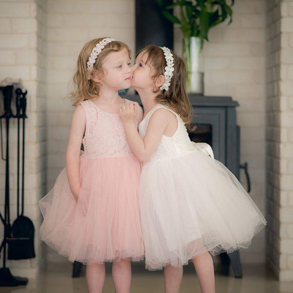 שמלת שושבינה אמיליה לבנה-2569