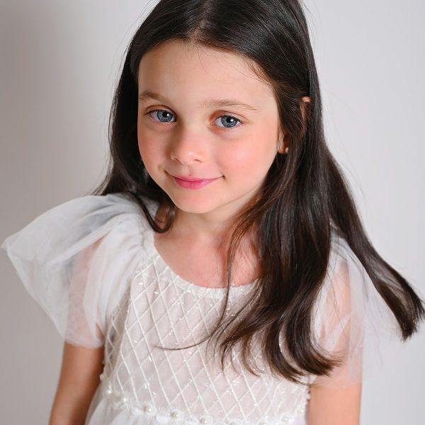 שמלת שושבינה מייגן לבנה